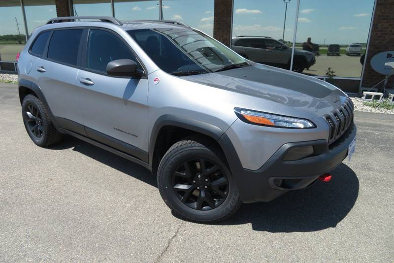 Pre-Owned 2014 Jeep Cherokee Trailhawk 4x4 4dr SUV
