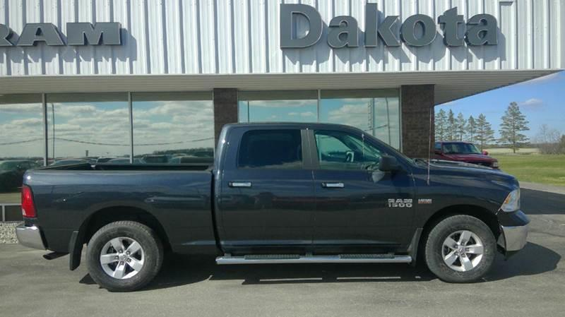 Pre Owned 2017 Ram Pickup 1500 Slt 4x4 4dr Crew Cab 6 3 Ft