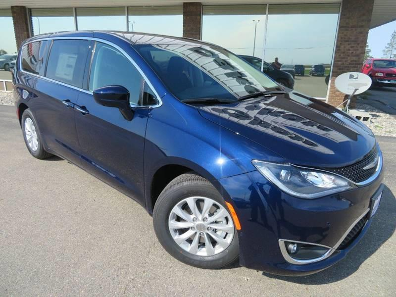 New 2019 CHRYSLER Pacifica Touring Plus 4dr Mini Van