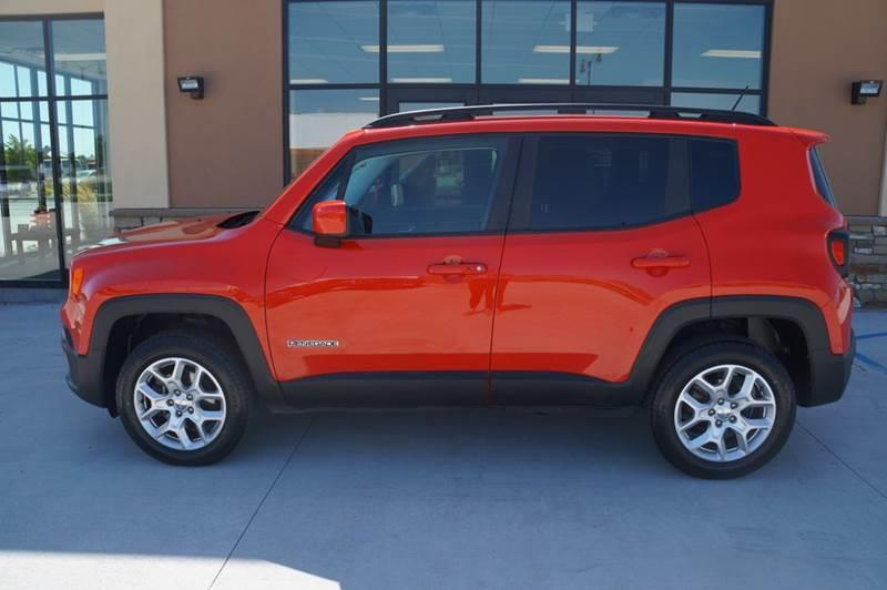 Pre-Owned 2016 Jeep Renegade Latitude 4x4 4dr SUV