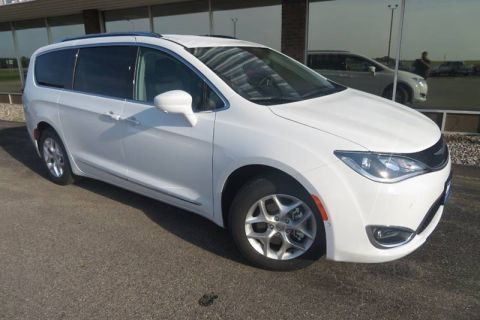 New 2020 CHRYSLER Pacifica Touring L 4dr Mini Van